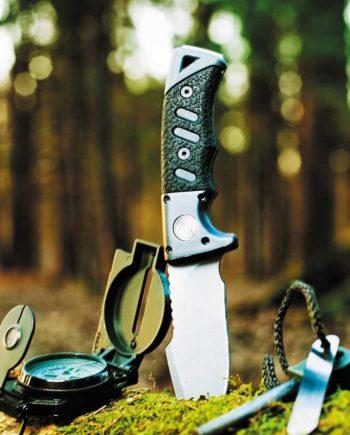 bushcraft-blades